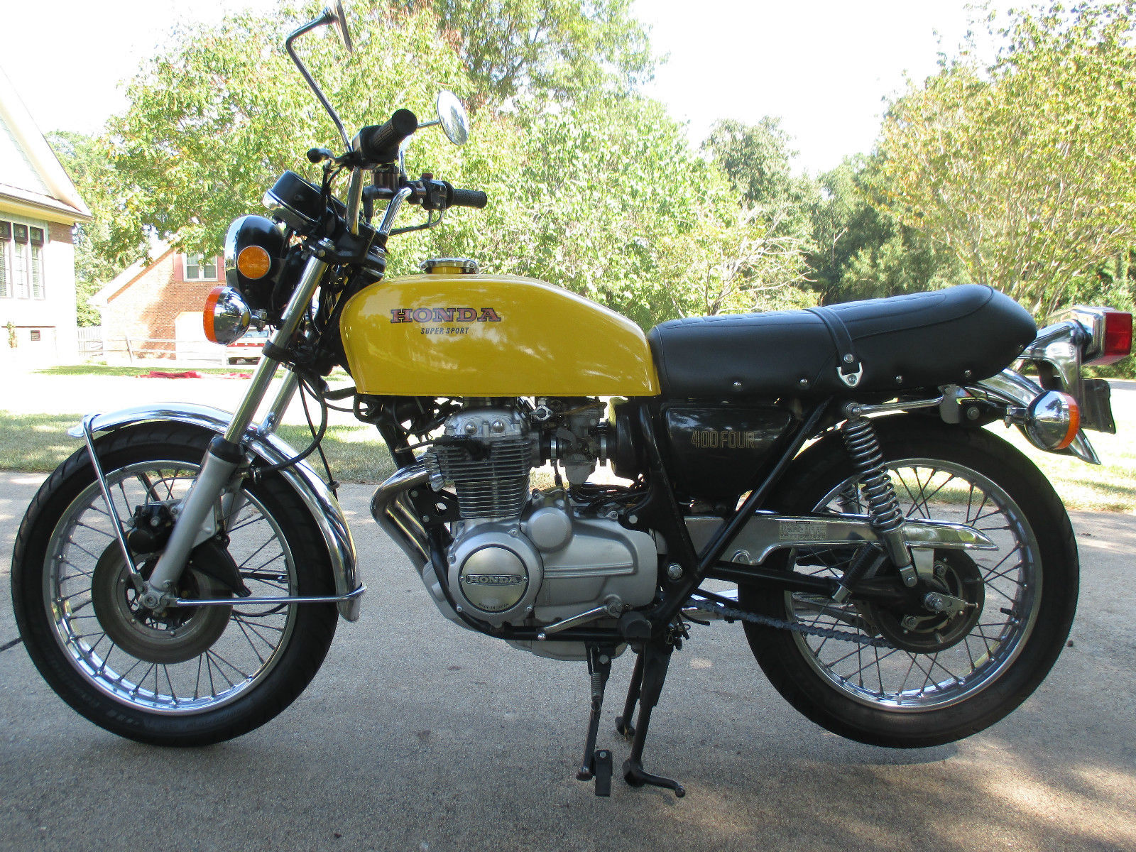restored honda cb400 four 1976 photographs at classic. Black Bedroom Furniture Sets. Home Design Ideas