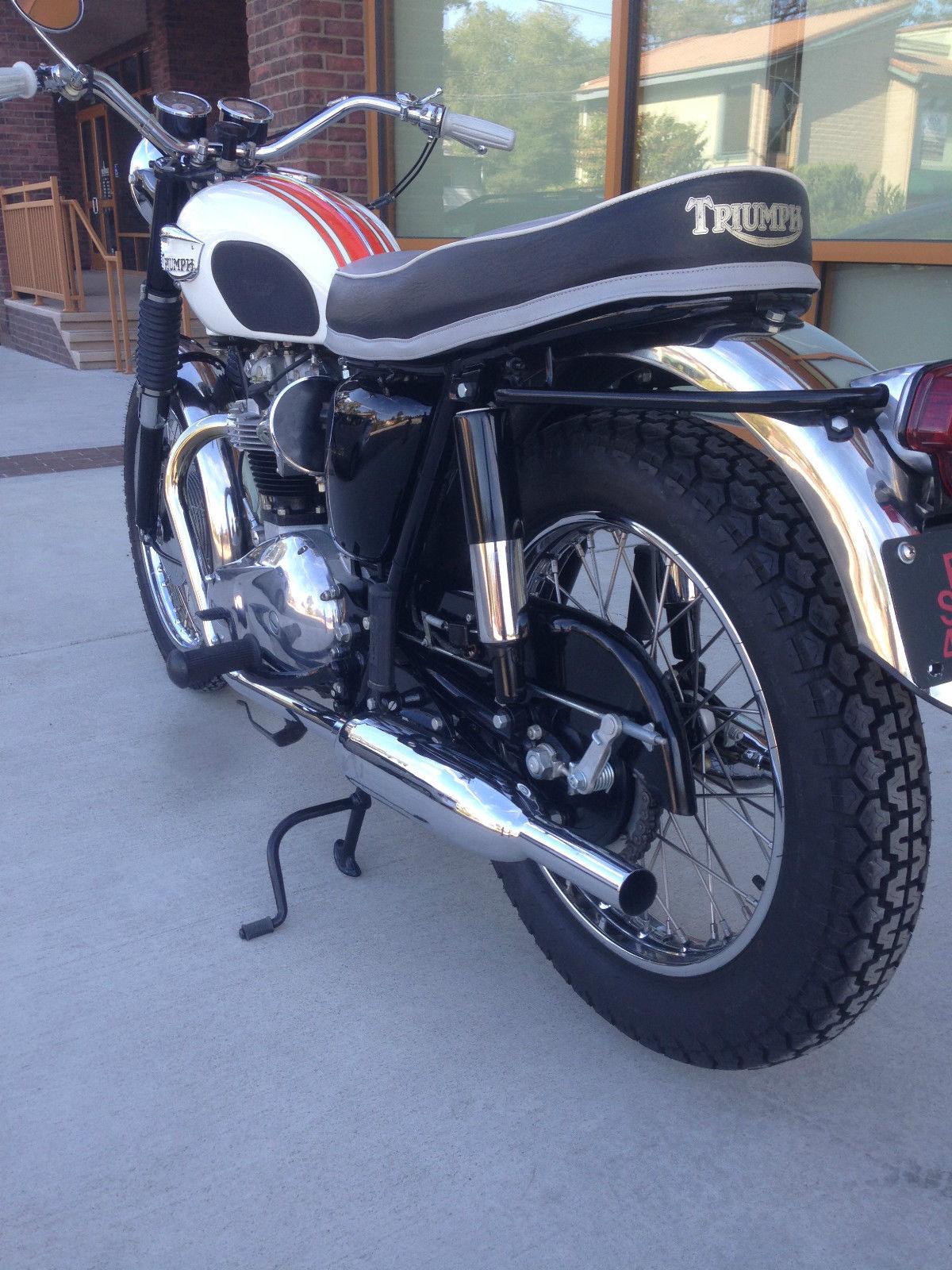 Triumph Bonneville - 1966