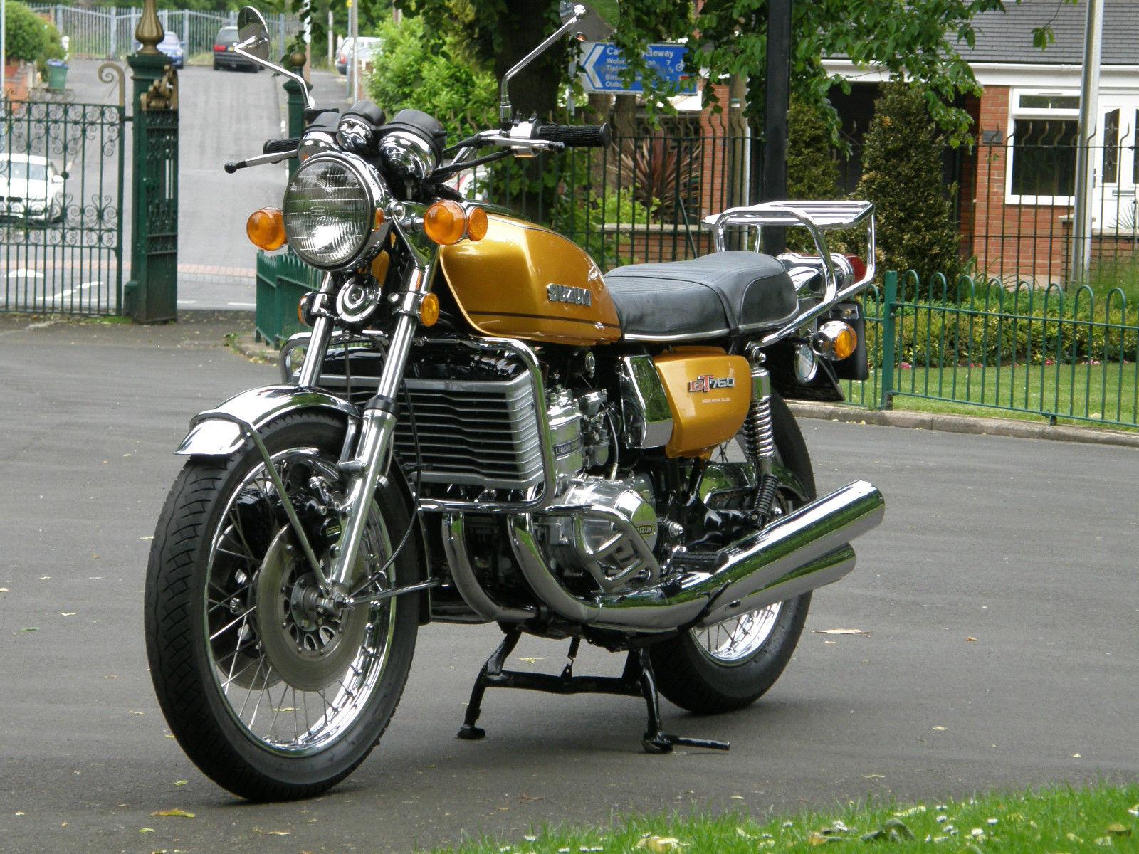 Suzuki GT750A - 1976