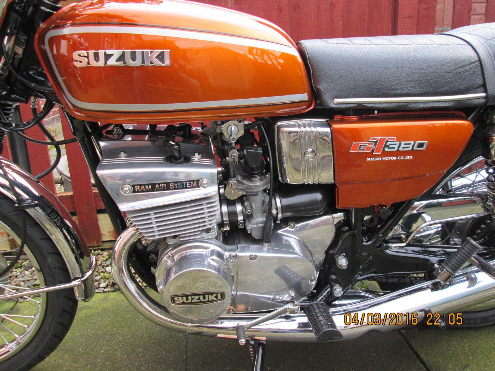 Suzuki GT380 - 1976