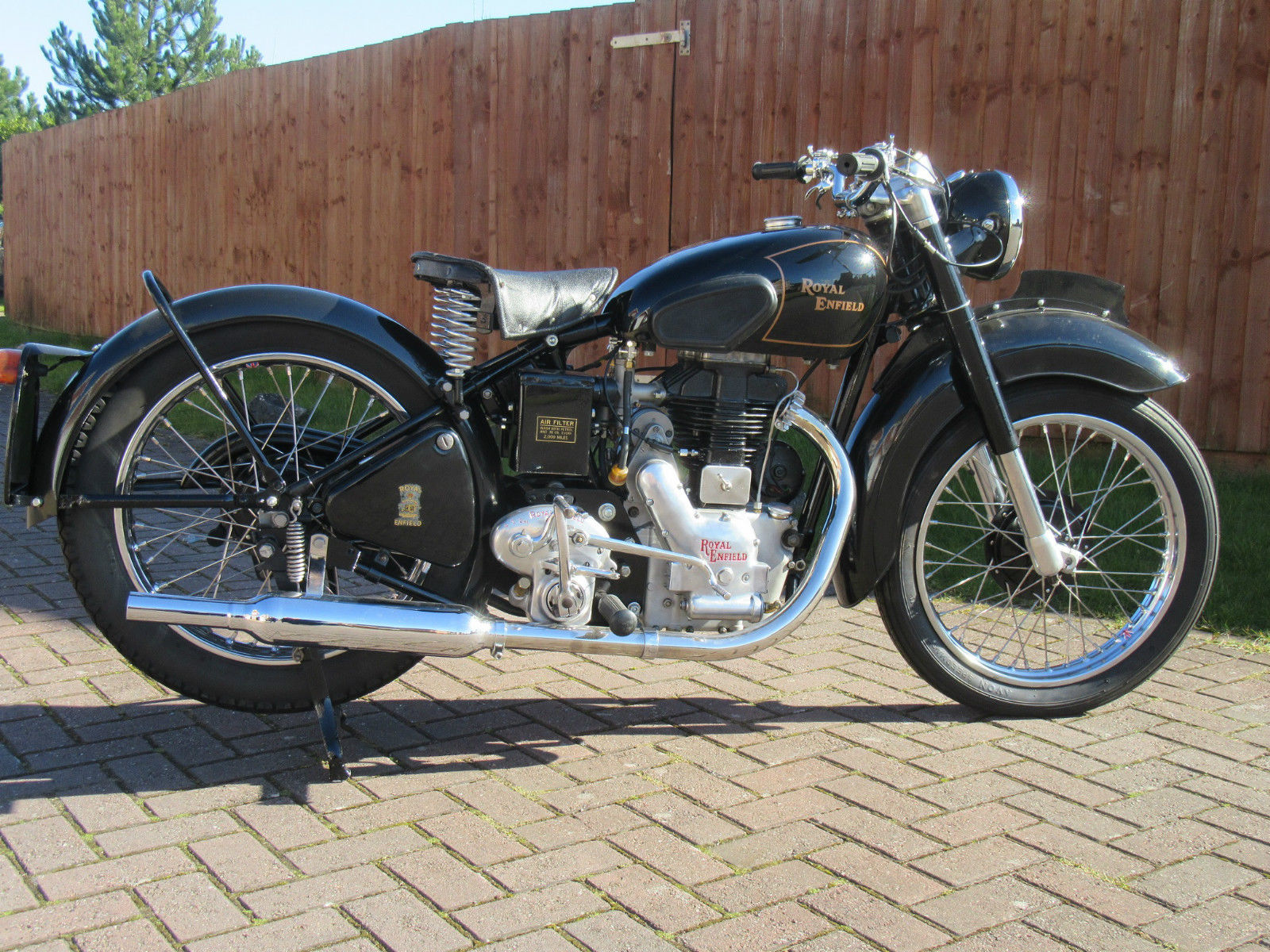restored royal enfield model g 1950 photographs at classic bikes restored bikes restored. Black Bedroom Furniture Sets. Home Design Ideas