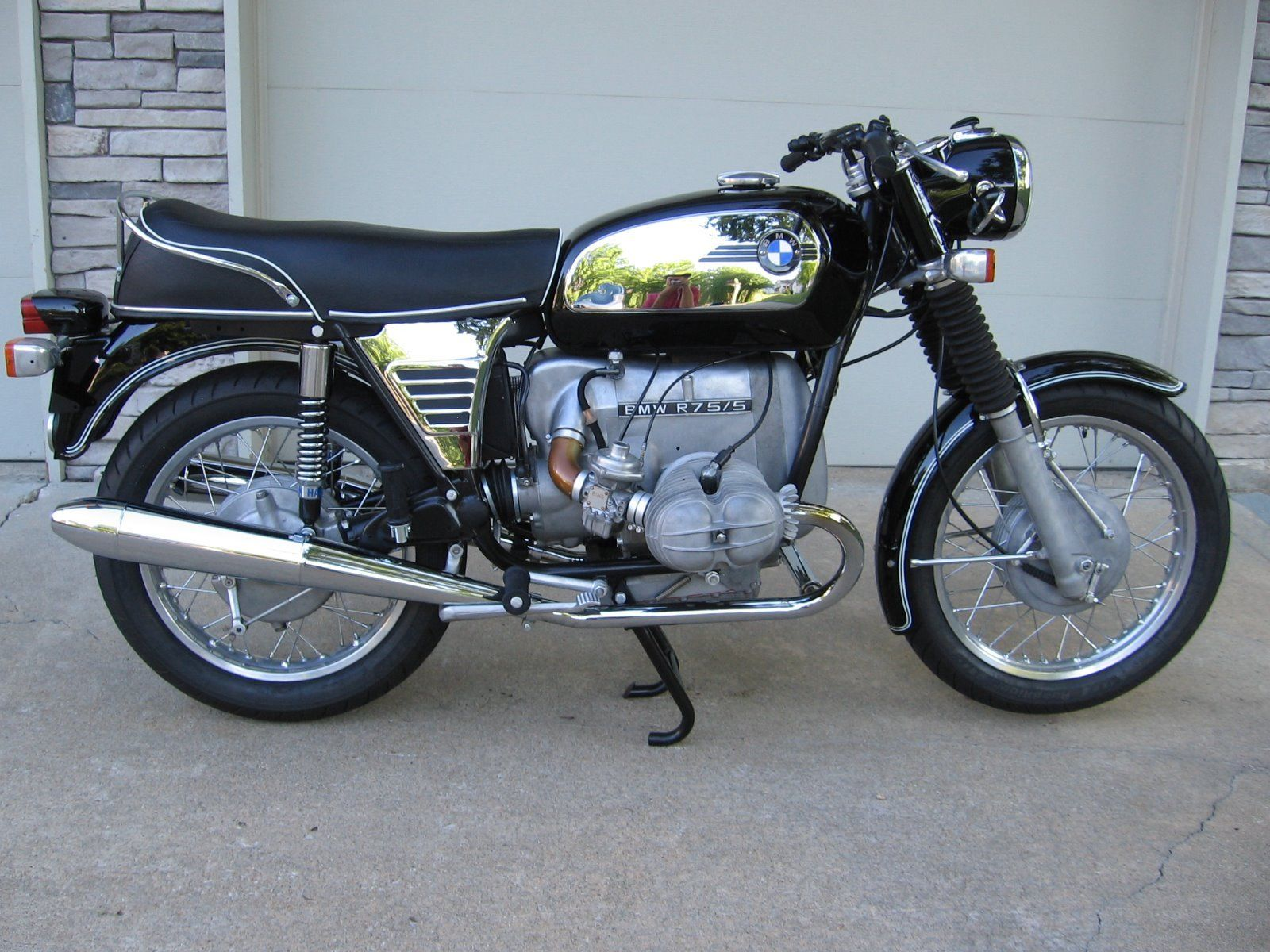 Restored Bmw R75 5 1972 Photographs At Classic Bikes Restored Bikes Restored
