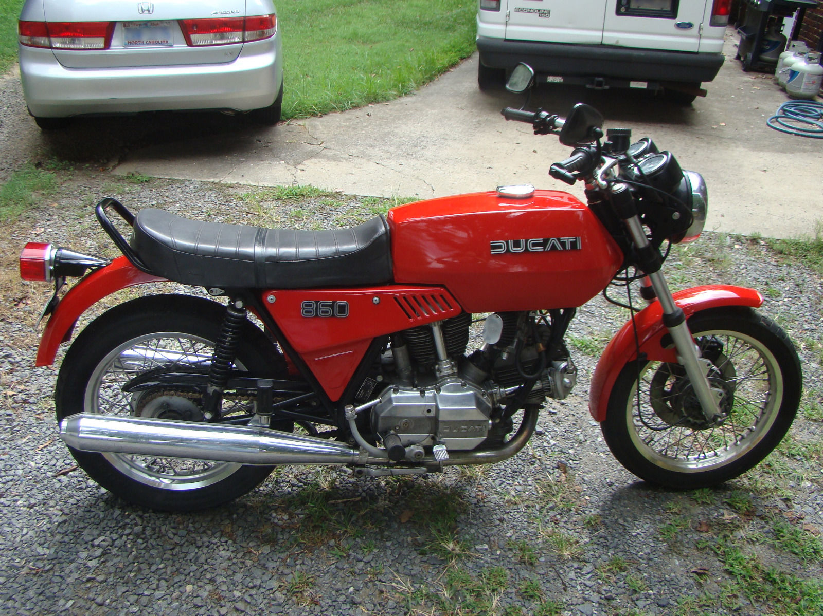 Ducati 860GT - 1975 .