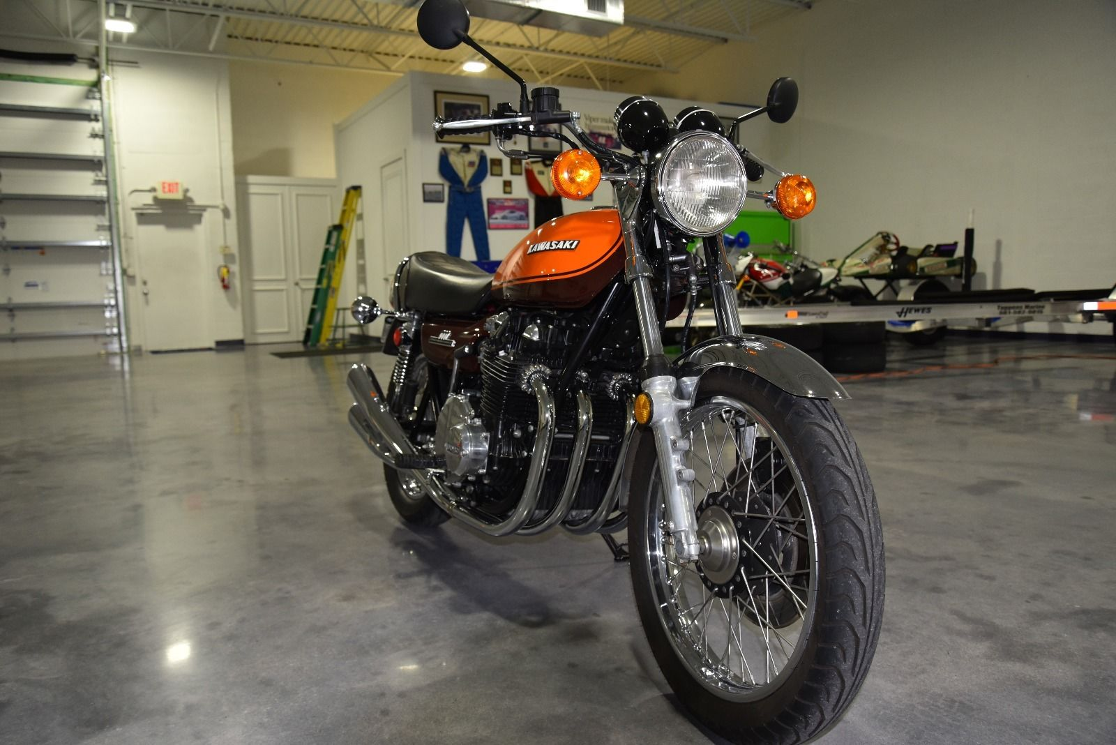 restored kawasaki z1 900 1973 photographs at classic bikes restored bikes restored. Black Bedroom Furniture Sets. Home Design Ideas