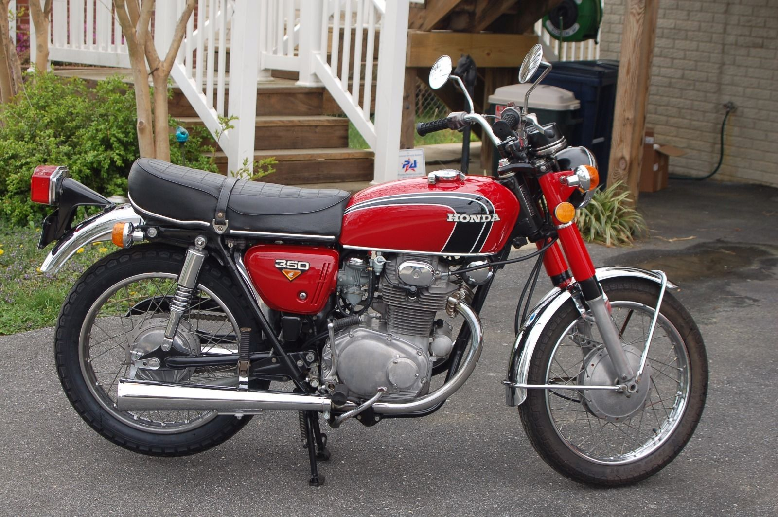 restored honda cb350 1972 photographs at classic bikes. Black Bedroom Furniture Sets. Home Design Ideas