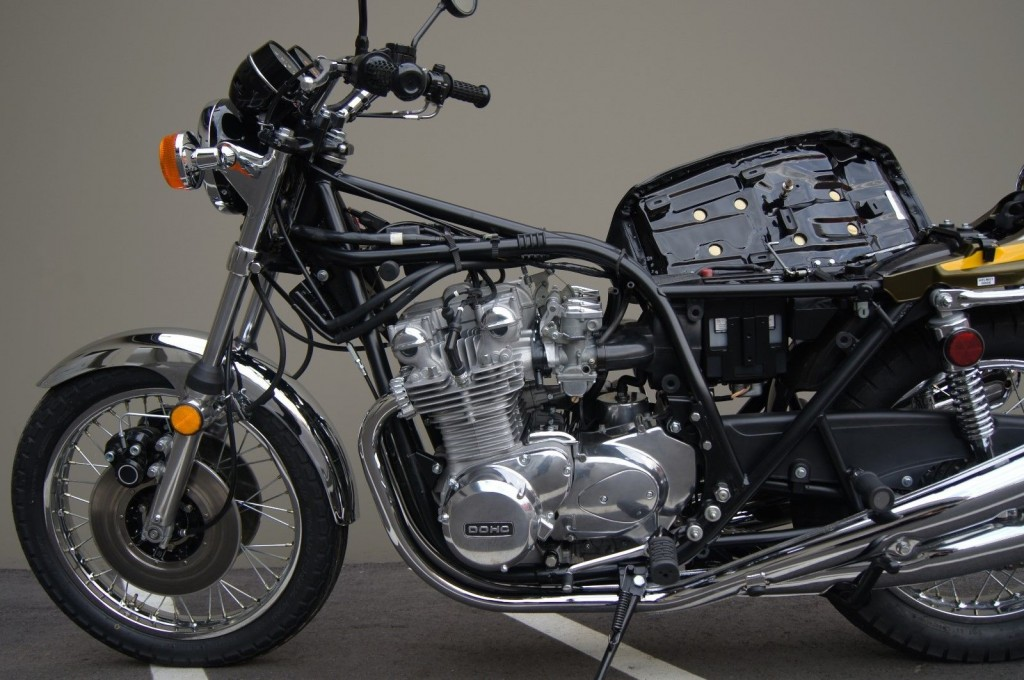 restored kawasaki z1 1974 photographs at classic bikes restored bikes restored. Black Bedroom Furniture Sets. Home Design Ideas